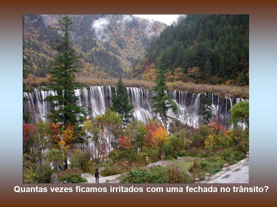 Chutes les 4 Cascades, Jamaique Sorria para as pessoas.