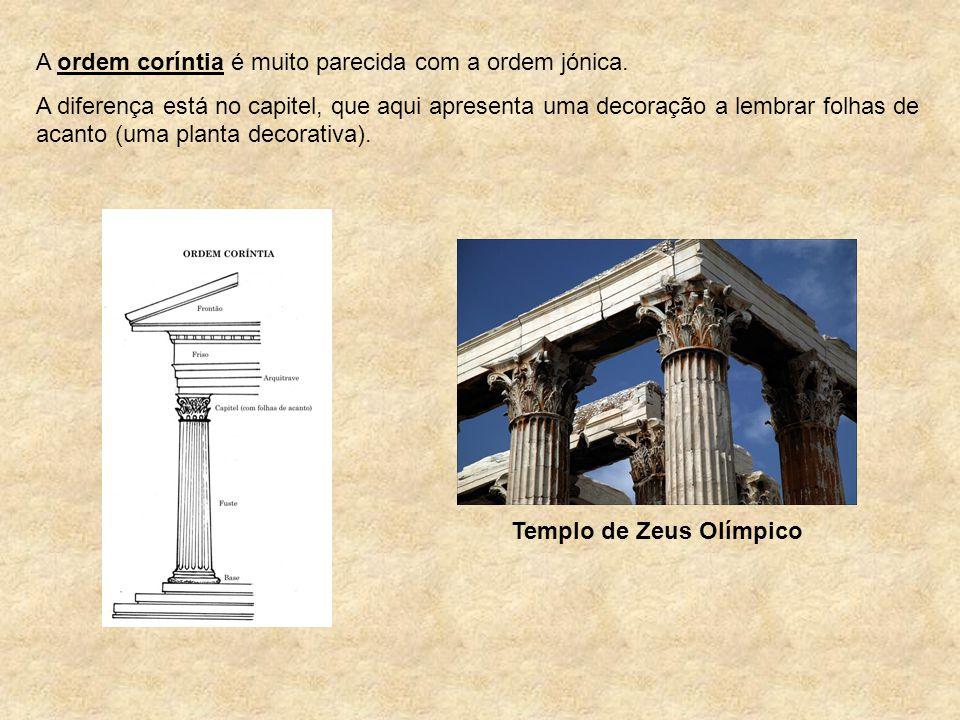 A ordem coríntia é muito parecida com a ordem jónica. A diferença está no capitel, que aqui apresenta uma decoração a lembrar folhas de acanto (uma pl