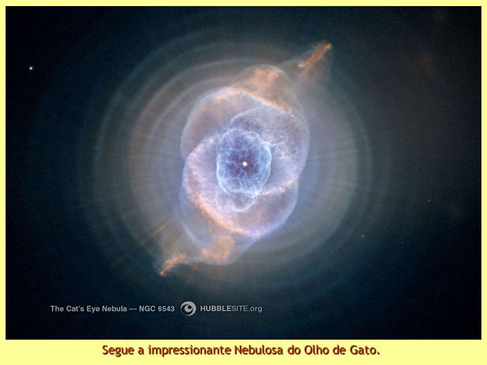 A terceira é a Nebulosa do Esquimó, NGC 2392, situada a 5000 anos-luz.