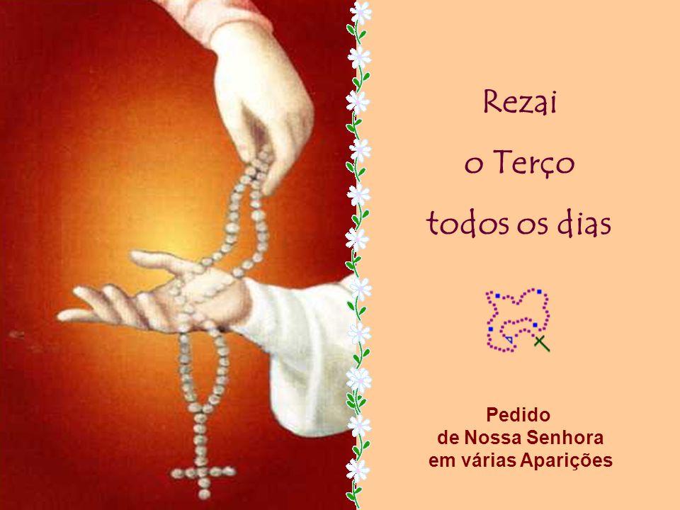 O Santo Papa João Paulo II acrescentou à piedosa oração do Terço, os Mistérios da Luz que falam da Vida Pública de Jesus.
