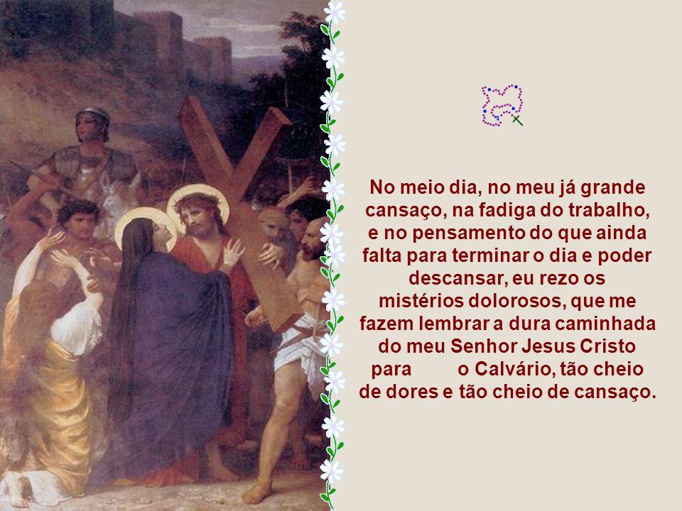 O Rosário de Nossa Senhora tem 15 Mistérios que são: os cinco gozosos, os cinco dolorosos e os cinco gloriosos.