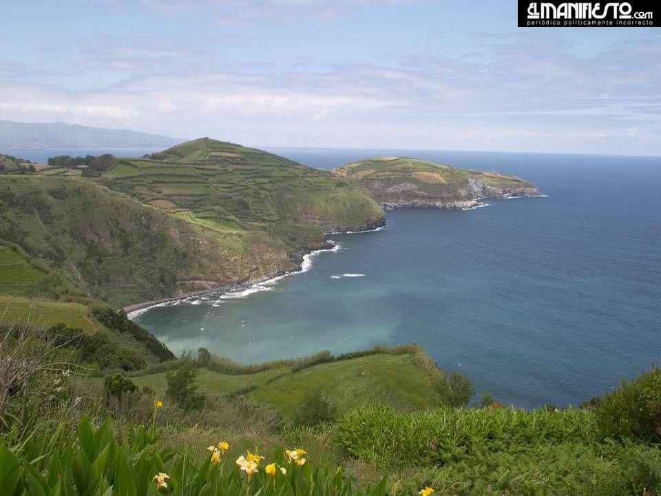 Costa do Nordeste o ponto mais oriental da ilha, onde se encontra o Pico da Vara o pico mais alto de S. Miguel. É a parte da ilha menos conhecida, mas