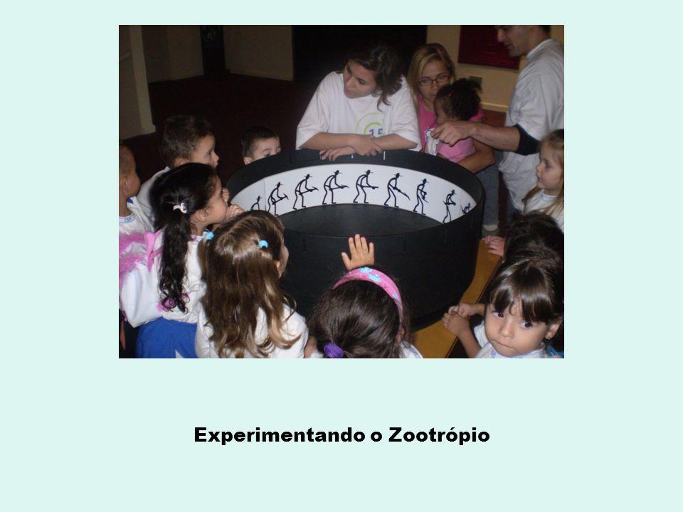 Experimentando o Zootrópio
