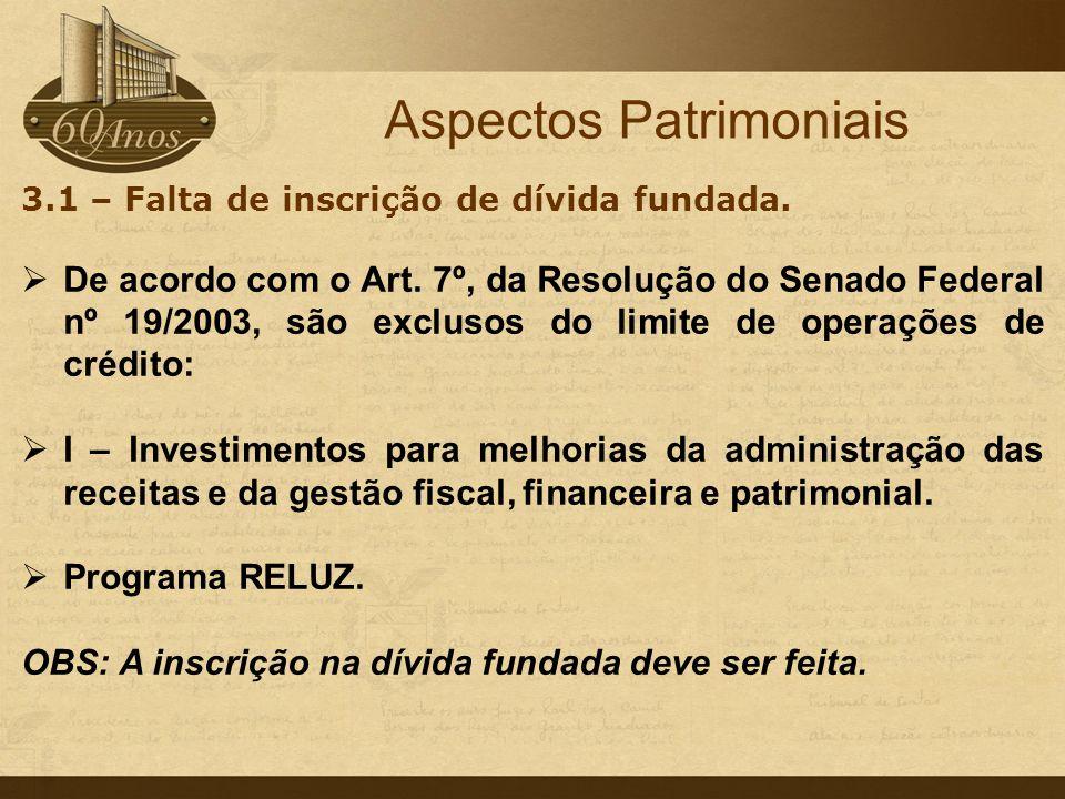 c - Doações de bens móveis e imóveis para a iniciativa privada.