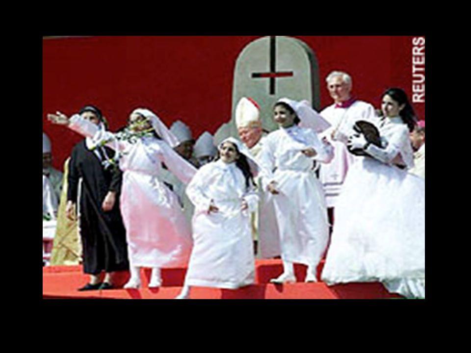 Cruz invertida Usado por grupos de Rock e adeptos da Nova Era. Simboliza zombaria da cruz de Jesus. Usado também em rituais satânicos. Olho de Lúcifer