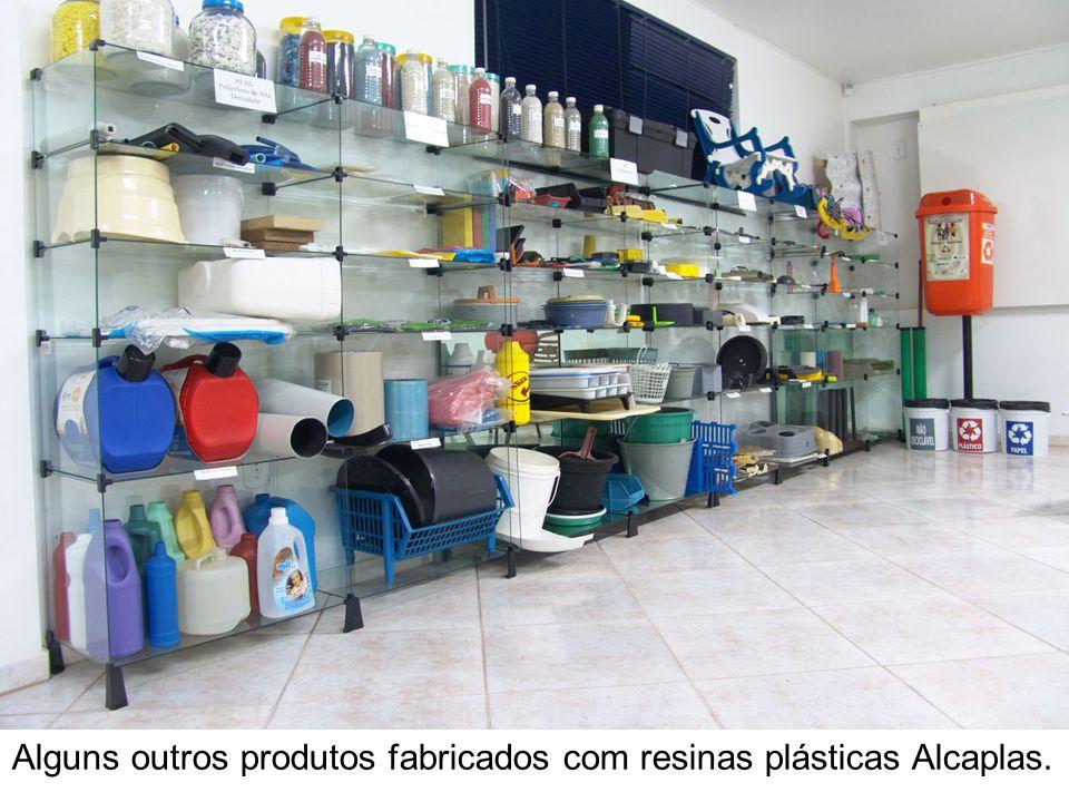 Alguns outros produtos fabricados com resinas plásticas Alcaplas.