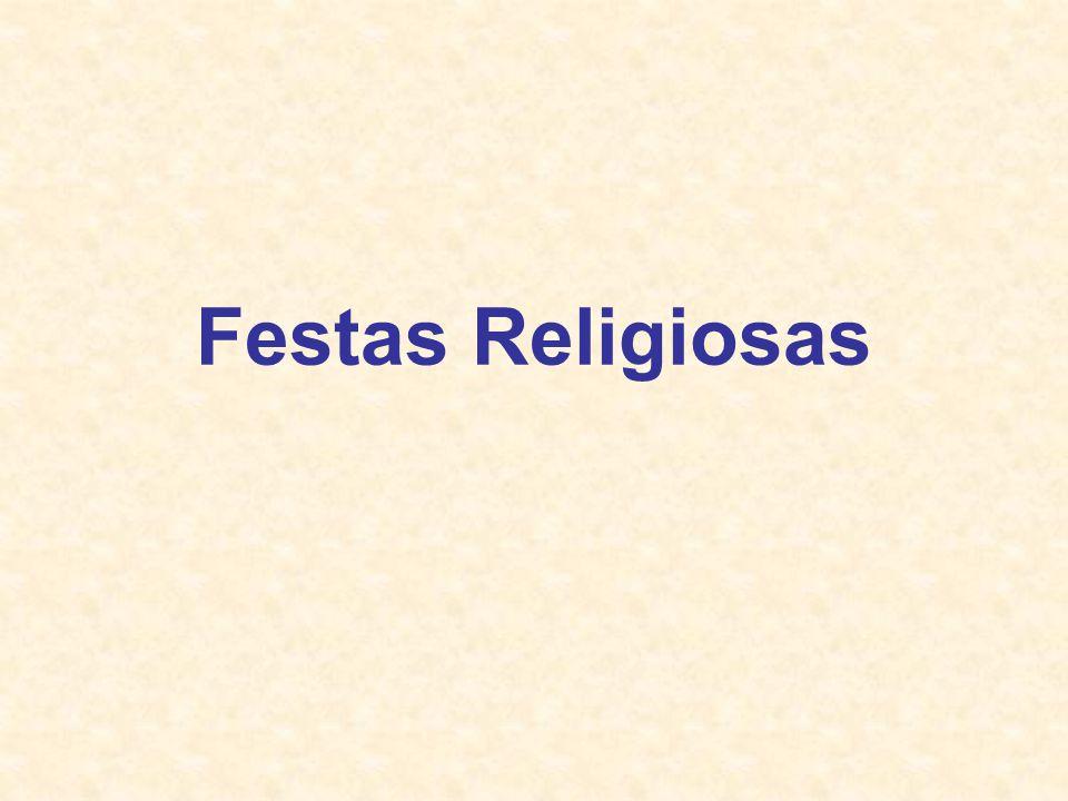 As comemorações religiosas em Braga A maior comemoração religiosa em Braga é a Semana Santa, seguida da festa de São João que para além de uma grande festa de diversão, é também uma festa com parte religiosa muito presente.