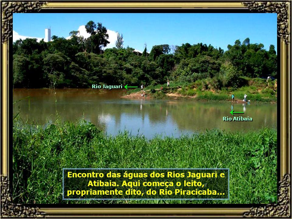 Encontro das águas dos Rios Jaguari e Atibaia.