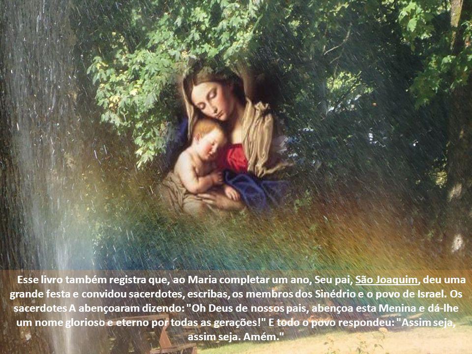 Todos eles perseveravam unanimemente na oração, juntamente com as mulheres, entre elas Maria, Mãe de Jesus, e os irmãos d Ele. At 1,14.