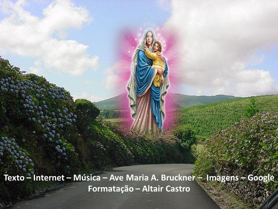 Por isso, ela seguiu fielmente seu Filho Jesus, em seus caminhos diferentes dos caminhos dos homens, acompanhando-o em sua imolação ao PAI em favor do