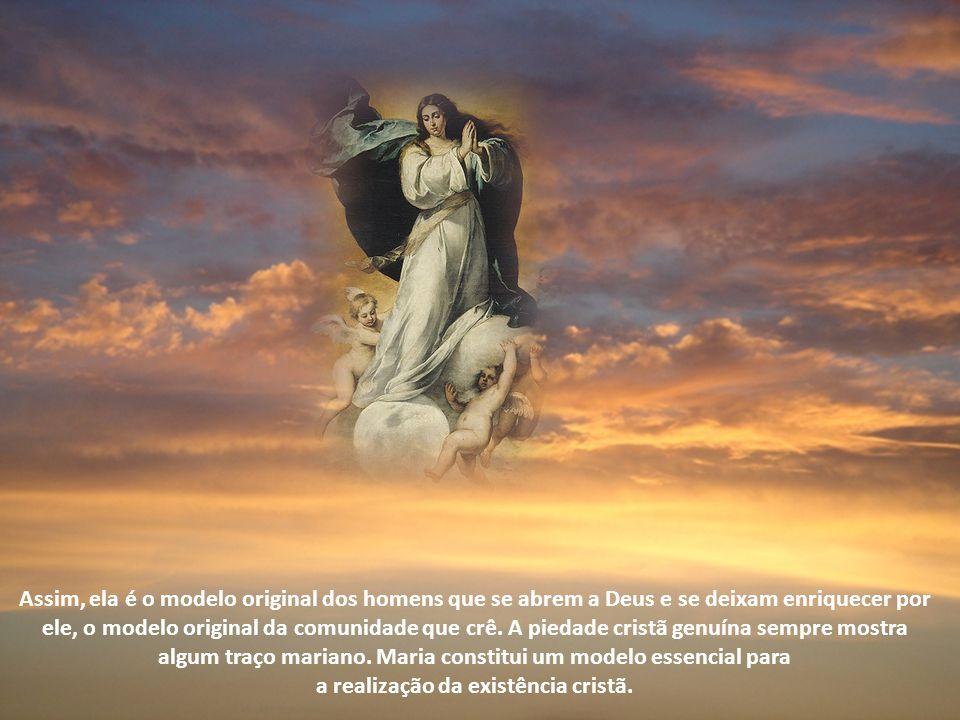 Maria: modelo original dos homens Maria é figura eminente do Evangelho. É apresentada como aquela que ouviu de maneira exemplar a palavra de Deus, com