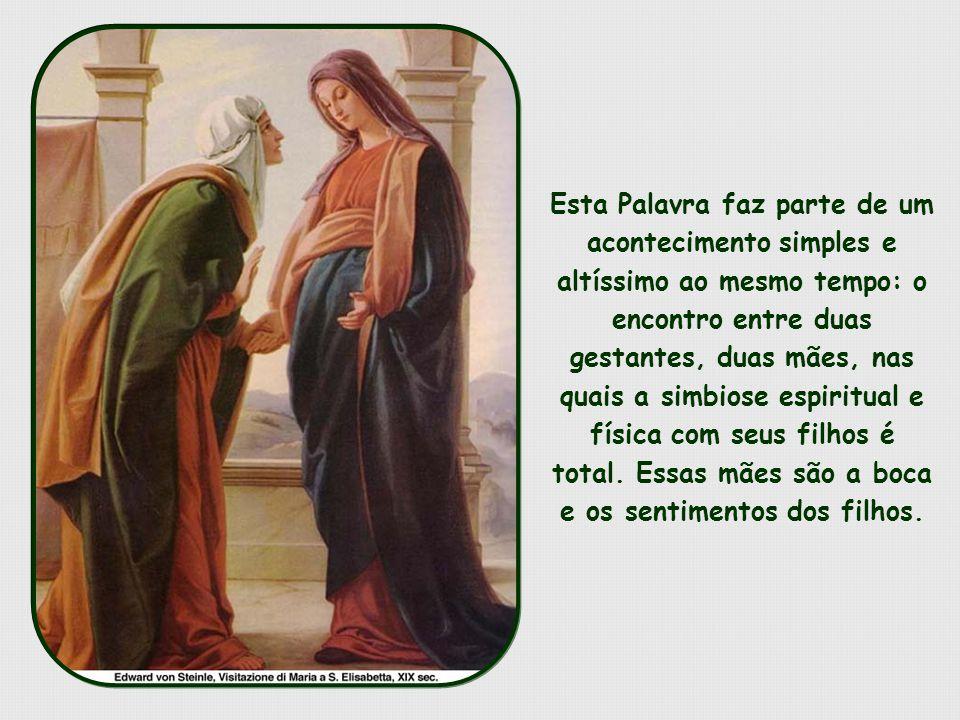O papel de Maria como Mãe de Deus é sublime e grandioso.