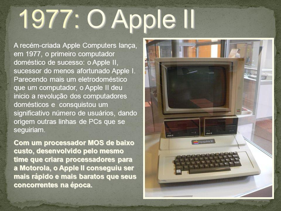 A recém-criada Apple Computers lança, em 1977, o primeiro computador doméstico de sucesso: o Apple II, sucessor do menos afortunado Apple I. Parecendo