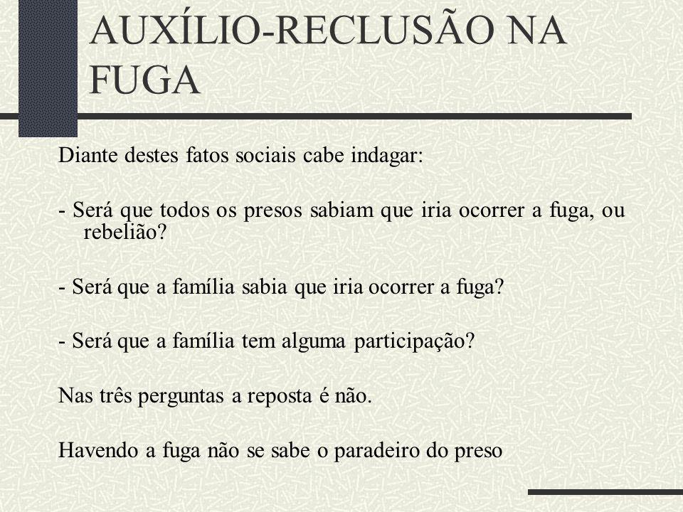 A CONSTITUCIONALIDADE DA EMENDA CONSTITUCIONAL 20/98 Já ensinava Rui Barbosa, em sua obra Oração aos Moços que ''a regra da igualdade não consiste sen