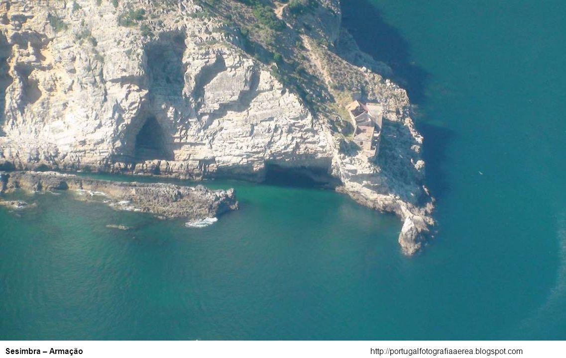 http://portugalfotografiaaerea.blogspot.comPorto Covo