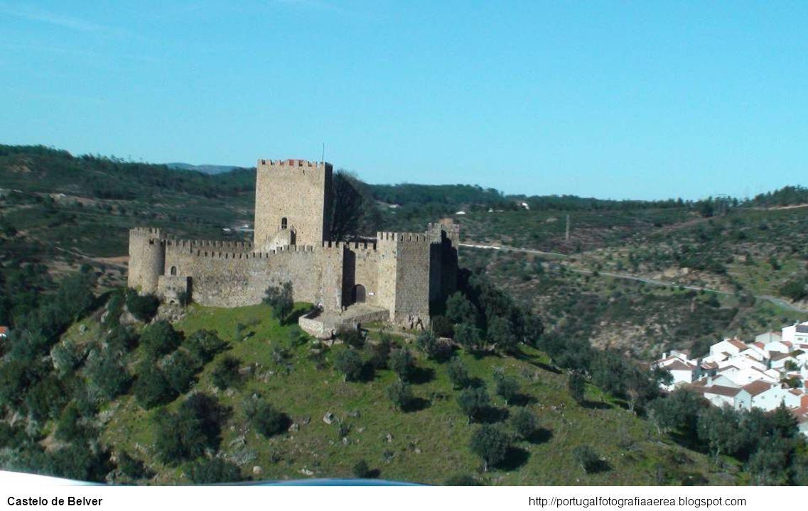 http://portugalfotografiaaerea.blogspot.comCastelo de Almourol