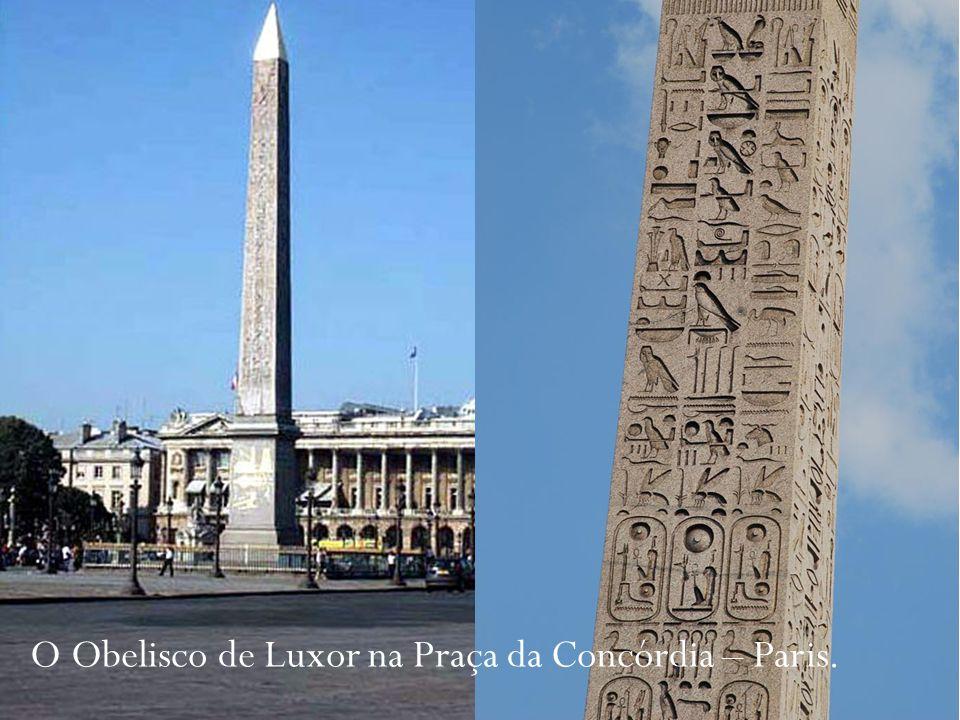 O Obelisco de Luxor na Praça da Concórdia – Paris.