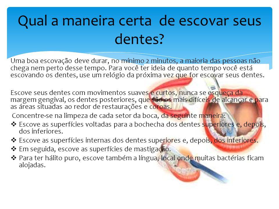 Quando você o usa corretamente, o fio dental remove a placa bacteriana e os resíduos de alimentos das áreas onde a escova dental não alcança facilmente, como, por exemplo, a linha da gengiva e as áreas entre os dentes.
