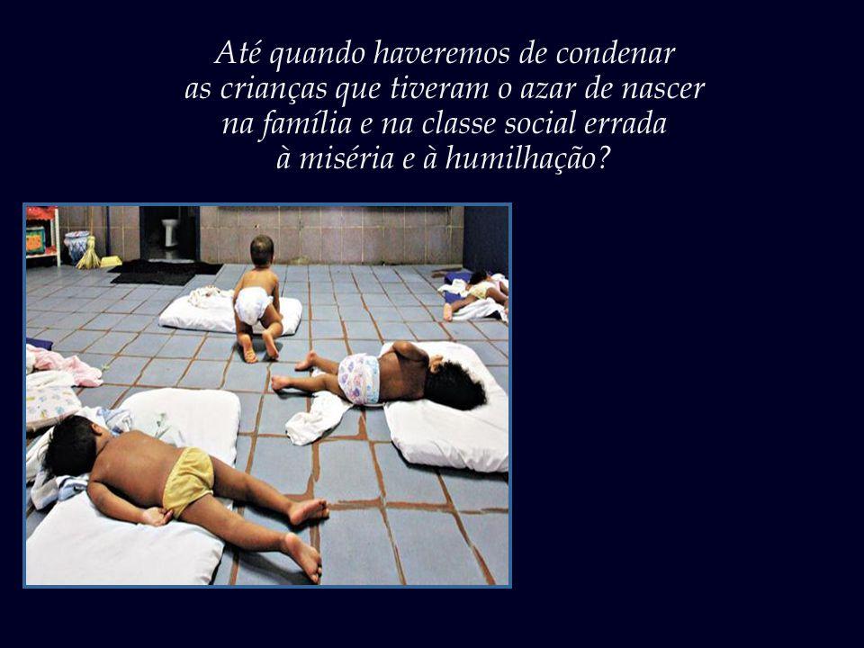 A vivência numa creche e escolinha infantil é uma fase crucial na socialização do ser humano.