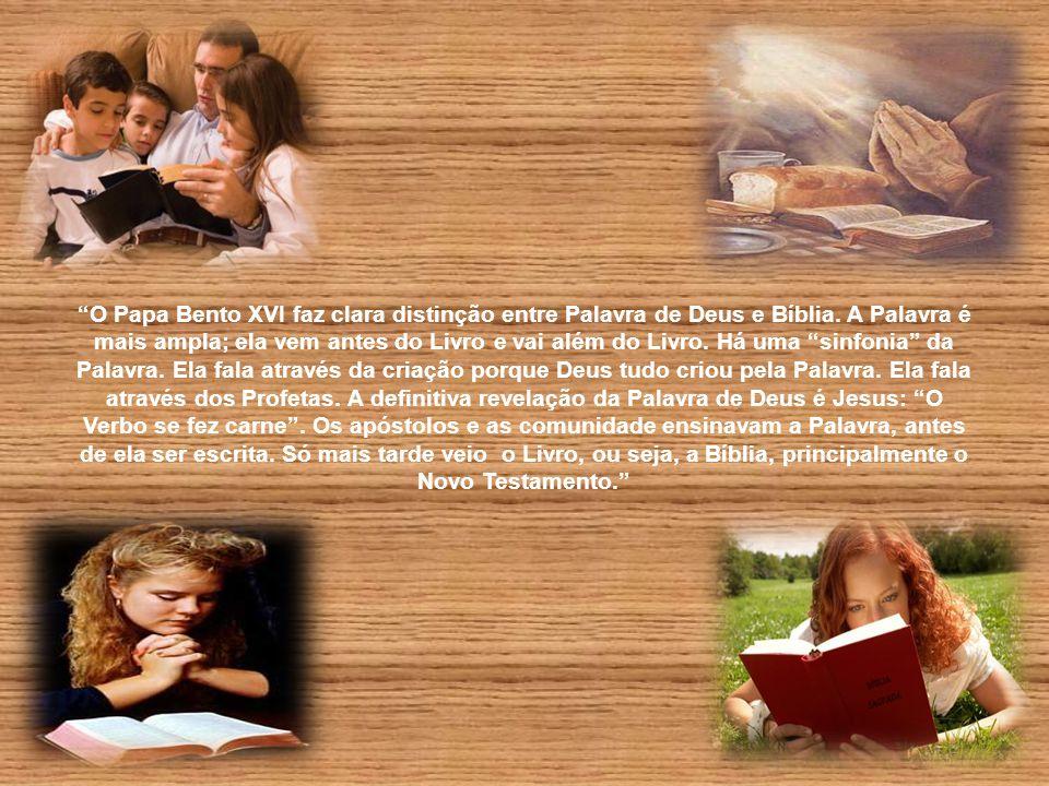 """""""Como São Paulo, devemos dizer: 'Faço tudo por causa do Evangelho'. Deus nos fala e responde através da Palavra. Estabelece profundo diálogo conosco,"""