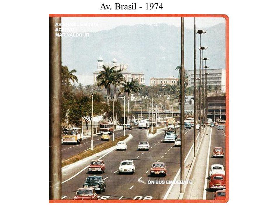 Centro - Carnaval Av. Rio Branco - anos 70