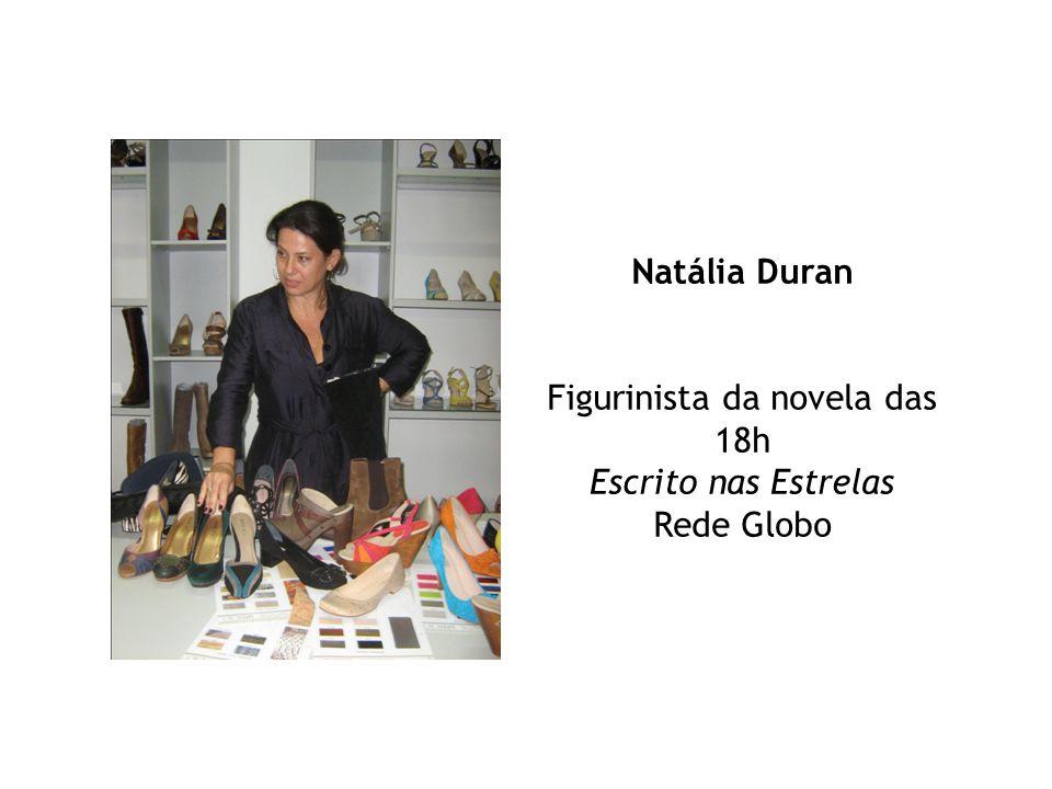 Natália Duran Figurinista da novela das 18h Escrito nas Estrelas Rede Globo