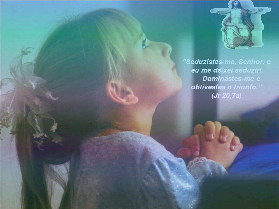 """""""Antes que no seio fosses formado, eu já te conhecia; Antes do teu nascimento, eu já te havia consagrado, E te havia designado profeta das nações.""""(Jr"""