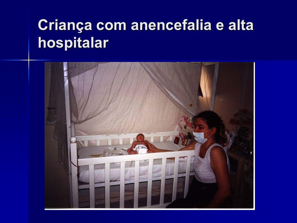 Pediatr Clin N Am 51:747-759, 2004. Cuidados Paliativos Devem abranger elementos físicos, emocionais, sociais e espirituais. Devem abranger elementos