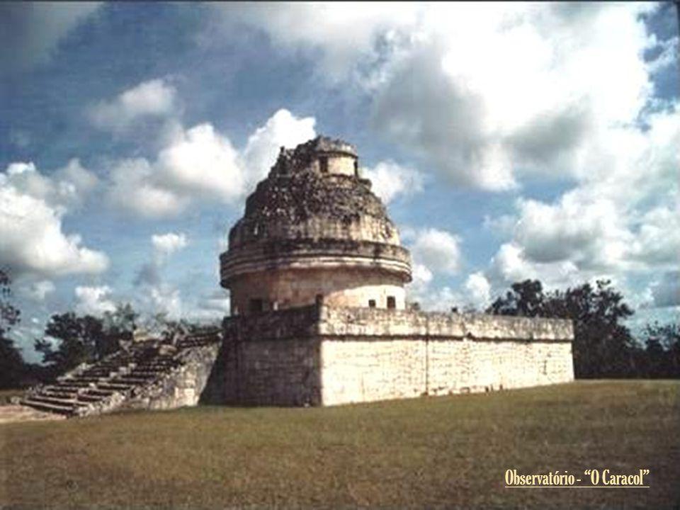 El Castillo e as Mil Colunas