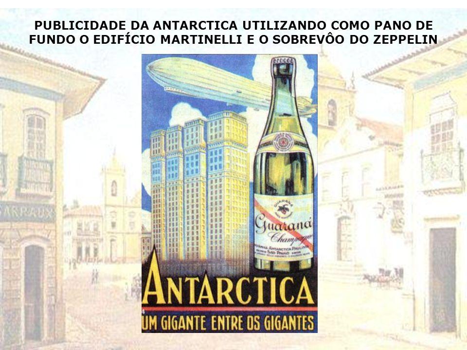 DIRIGÍVEL ZEPPELIN SOBREVOANDO O ANHANGABAÚ – PRAÇA RAMOS DE AZEVEDO- 1936