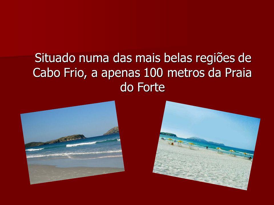 Situado numa das mais belas regiões de Cabo Frio, a apenas 100 metros da Praia do Forte Situado numa das mais belas regiões de Cabo Frio, a apenas 100 metros da Praia do Forte
