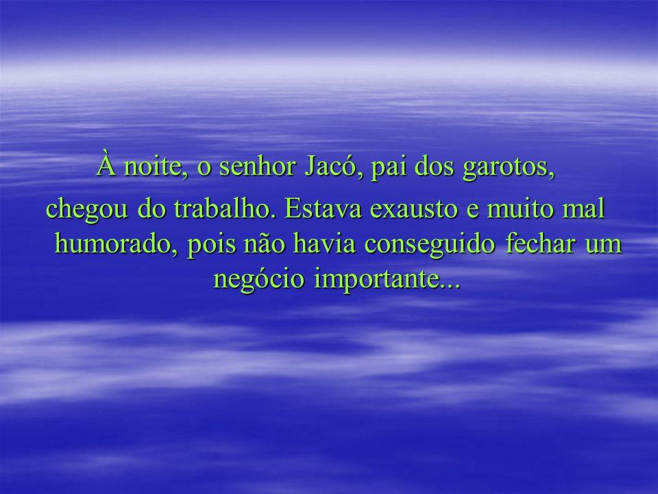 Jacó, em desespero, soluçando e com os olhos cheios de lágrimas, percebeu que havia um papelzinho dobrado nas pequenas mãos de Júlio.