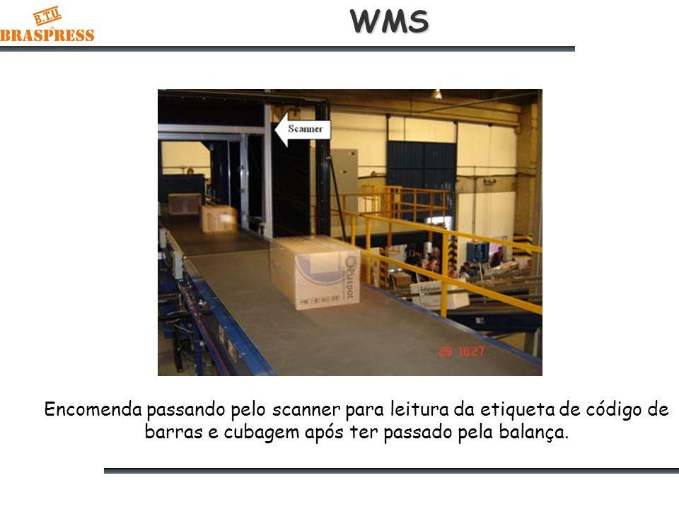 WMS Encomenda passando pelo scanner para leitura da etiqueta de código de barras e cubagem após ter passado pela balança.