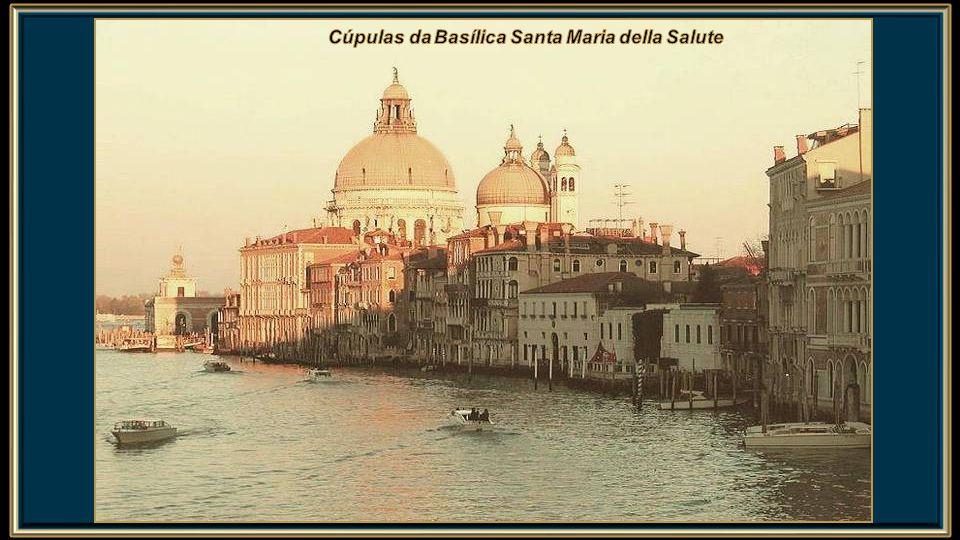 Santa Maria della Salute (Santa Maria da Saúde) é uma Basílica de Veneza, que se ergue perto da Ponta da Alfândega.