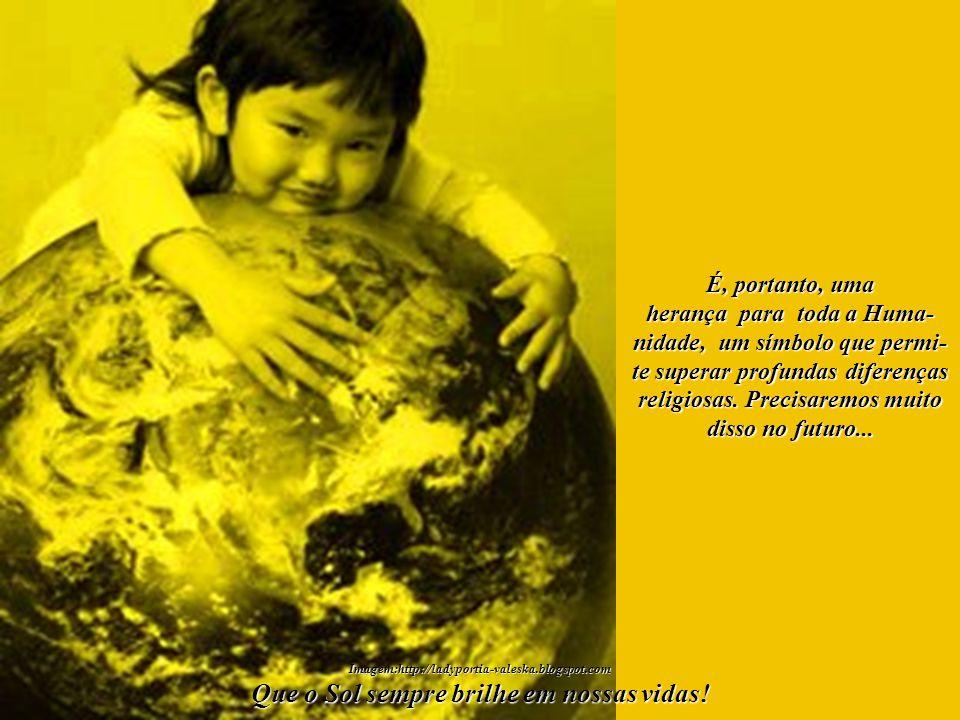 Aquele que estende as Suas Mãos Protetoras sobre todos nós representa, acima de tudo, uma grande Promessa Divina. Uma esperança... Imagem:http://stela