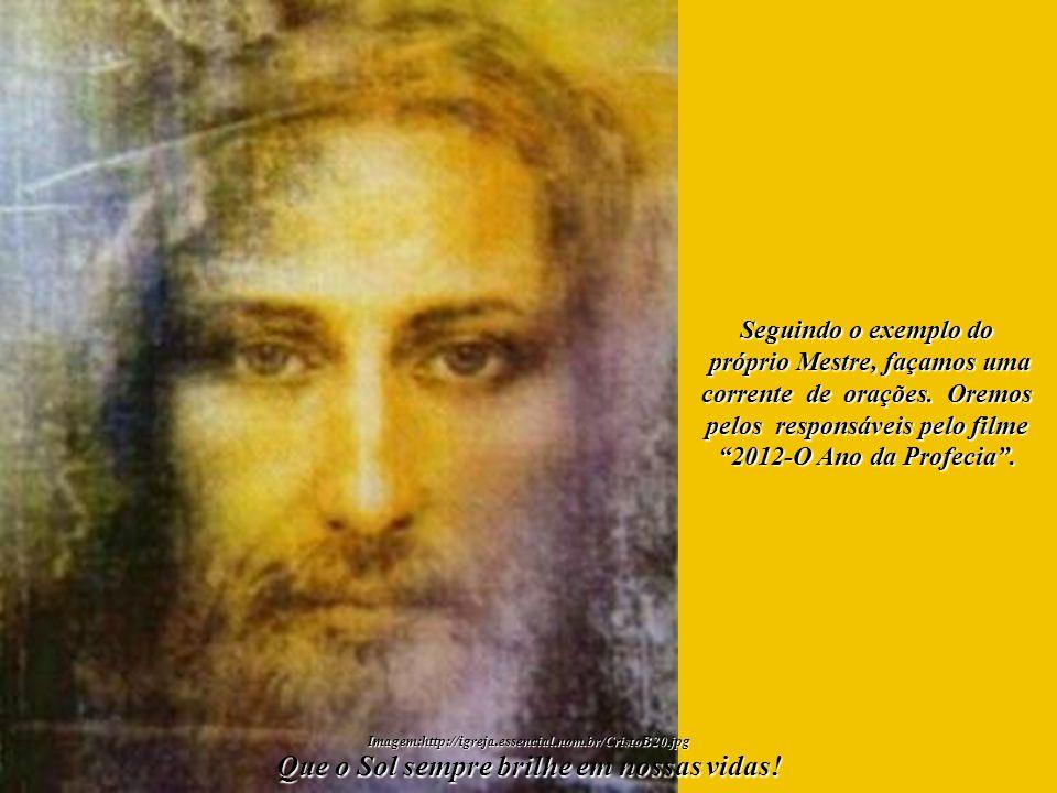 Gratidão, acima de tudo, por sabermos que, em nosso mundo interno, existe uma Centelha Divina, aquela que nos transforma em nosso mundo interno, existe uma Centelha Divina, aquela que nos transforma em Filhos de Deus .