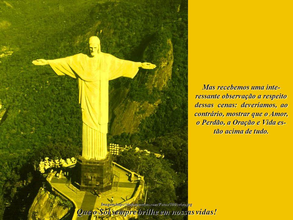 Que Nossa Senhora - Rai- nha da Paz, Senhora da Luz, Senhora do Sol, Mãe Univer- sal e de tantos outros nomes - estenda o Seu Manto Prote- tor, Seu Manto de Luz, sobre toda a Humanidade.