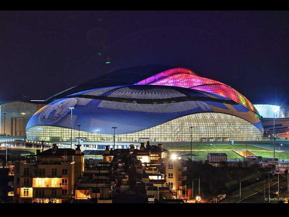 Grande Palácio de gelo, Sochi 2014 O nome reflete o tamanho e o status do edifício. Tem uma capacidade de 12.000 espectadores. Será realizado sobre as