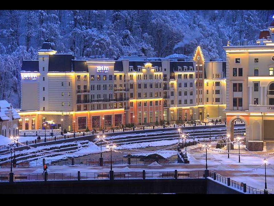 Há vários anos havia construídos modernos hotéis, restaurantes, elevadores de esqui, pistas de esqui e todos os parques de neve isso rapidamente para