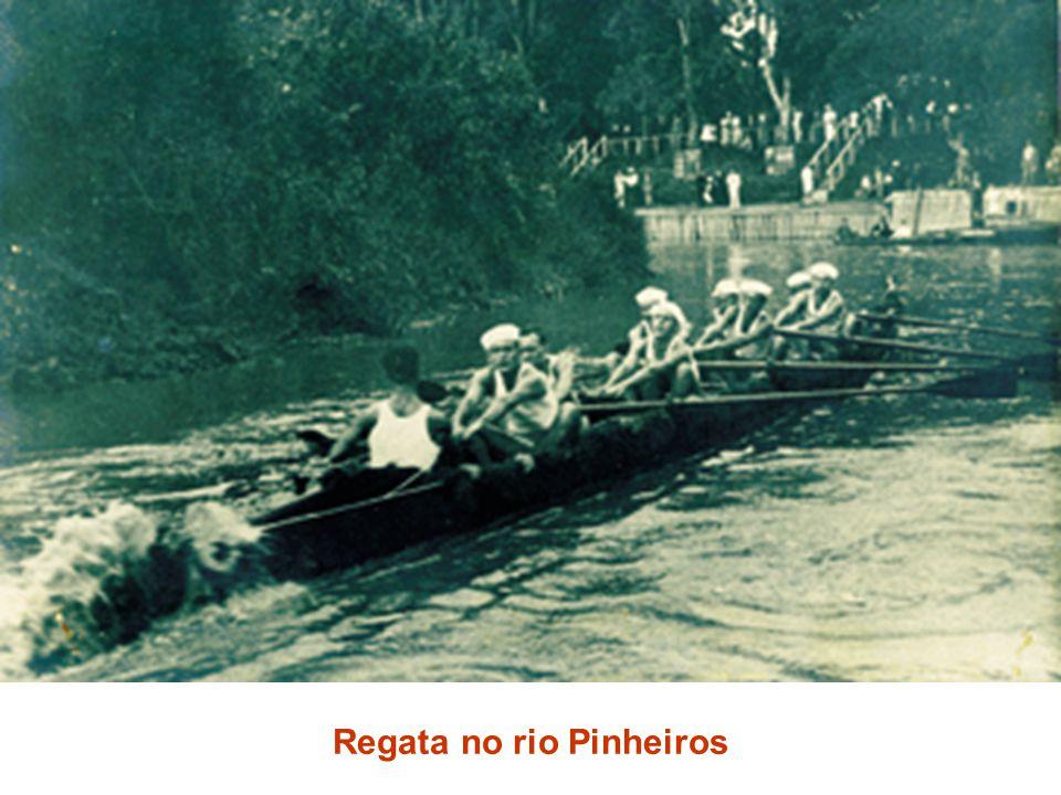 Regata no rio Pinheiros
