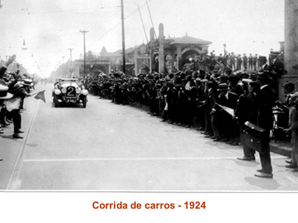 Corrida de carros - 1924