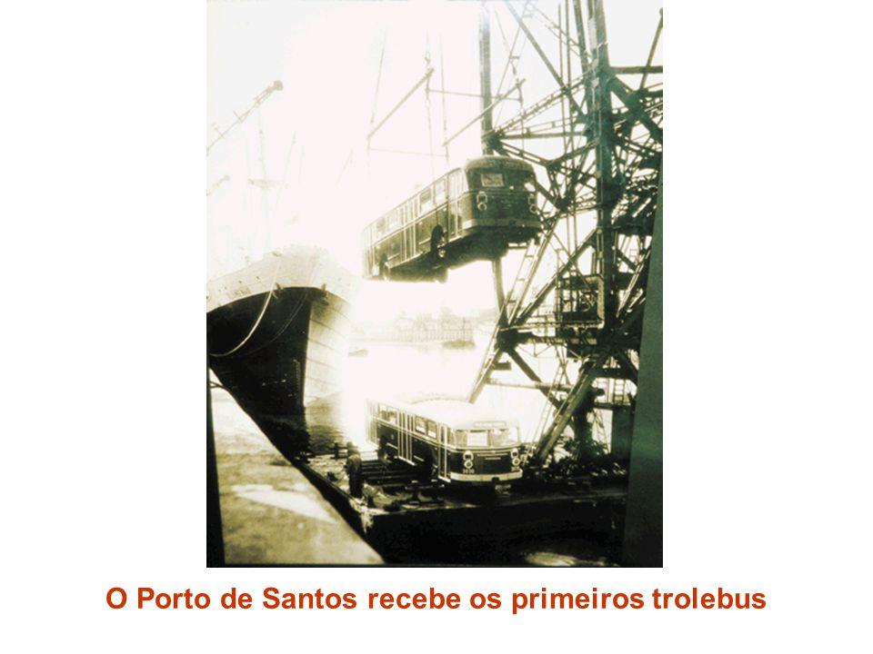 O Porto de Santos recebe os primeiros trolebus
