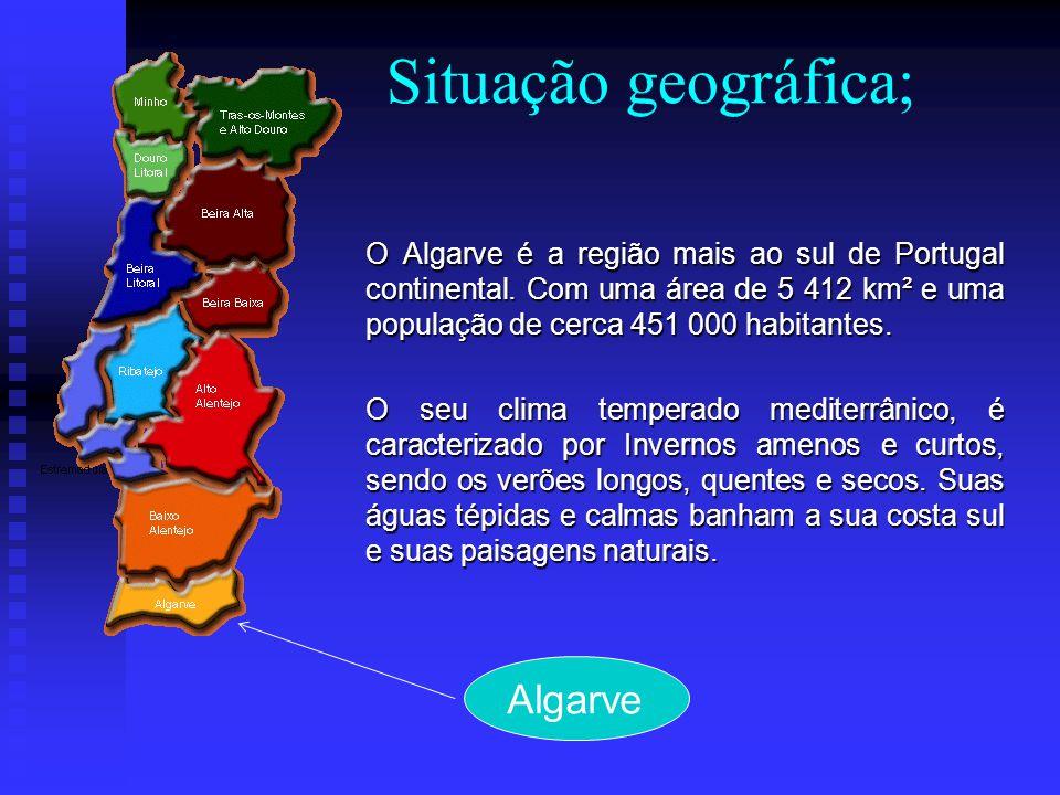 O Algarve é um grande produtor de frutos como: laranjas, limões, uvas, amêndoas, favas, azeitonas etc.