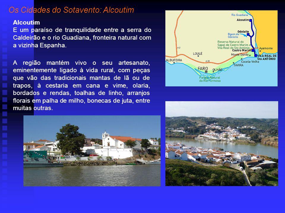 Alcoutim E um paraíso de tranquilidade entre a serra do Caldeirão e o rio Guadiana, fronteira natural com a vizinha Espanha.