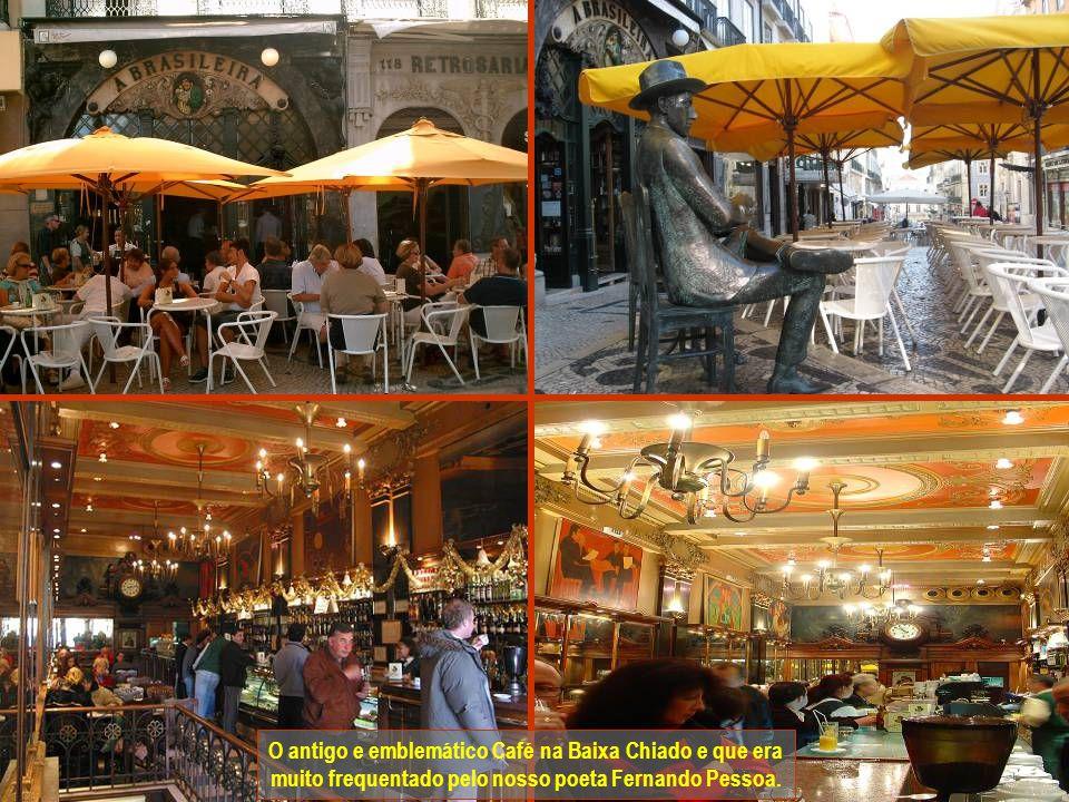 www.vitanoblepowerpoints.net O antigo e emblemático Café na Baixa Chiado e que era muito frequentado pelo nosso poeta Fernando Pessoa.