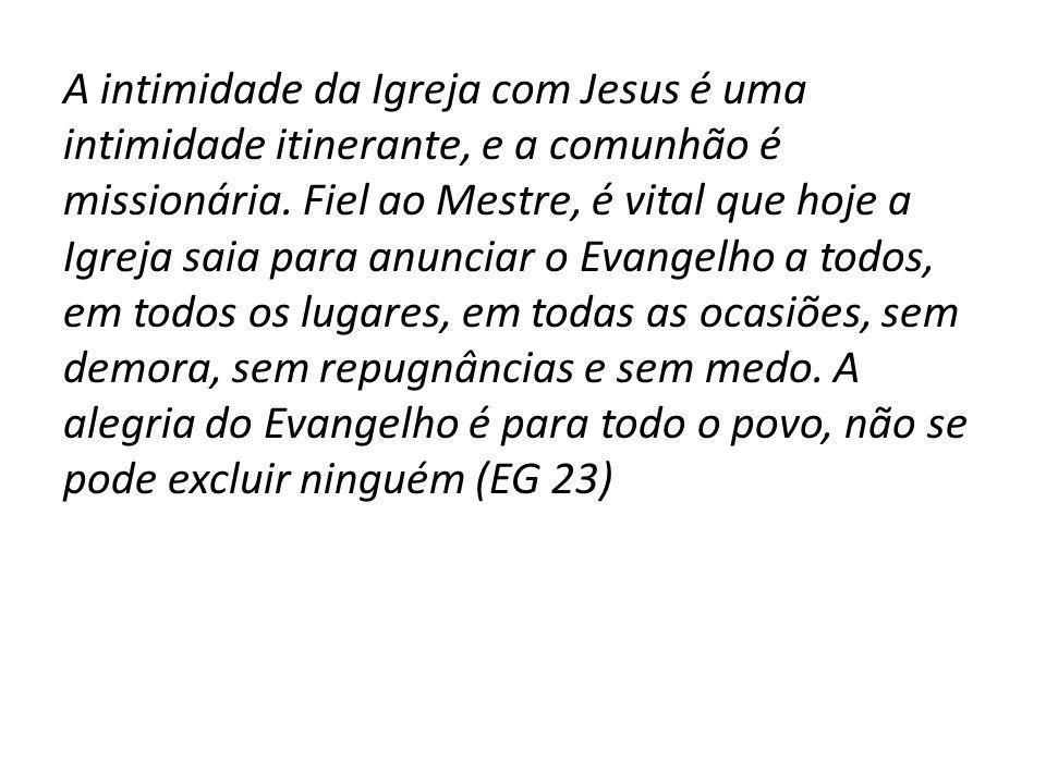 A Igreja em saída é a comunidade de discípulos missionários que apresenta cinco atitudes básicas (EG 24): -Tomar a iniciativa (ir na frente), -Envolver-se, -Acompanhar, -Frutificar -Festejar.