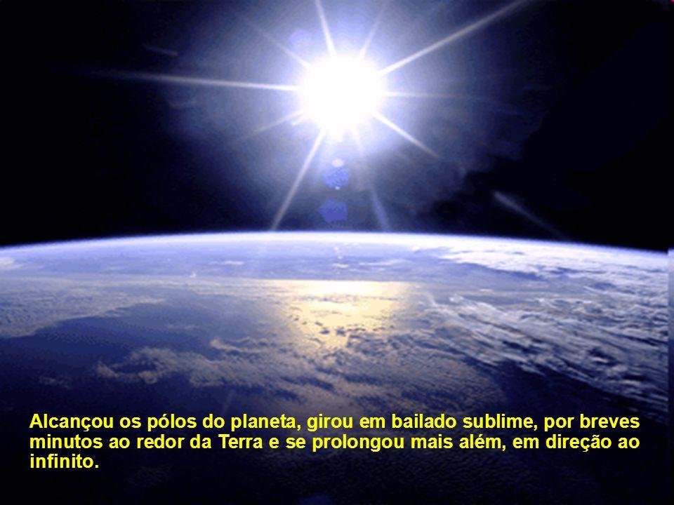 Célere, a bela luminosidade espalhou do coração da Pátria para todos os recantos do Brasil, das Américas, da Europa, África, mais além, no Extremo e M