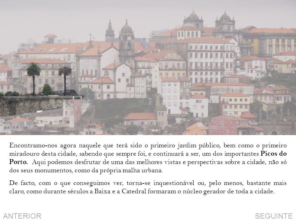 Encontramo-nos agora naquele que terá sido o primeiro jardim público, bem como o primeiro miradouro desta cidade, sabendo que sempre foi, e continuará a ser, um dos importantes Picos do Porto.