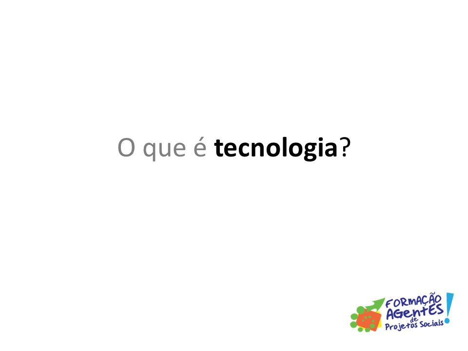 A história da tecnologia é quase tão antiga quanto à história da humanidade, que se segue desde quando os seres humanos começaram a usar ferramentas de caça e de proteção.