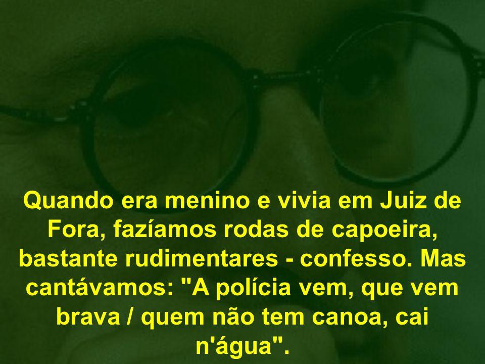 Já o núcleo duro do governo Lula parece perdido, batendo cabeça, ou melhor, enfiando-a na areia, sem perceber que a polícia está chegando e, daqui a pouco, alguém vai gritar na porta do Planalto: Se entrega, Corisco .